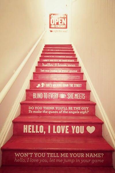 ציור על מדרגות